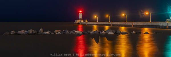 Duluth North Pier Lighthouse - Scenic Wall Murals | William Drew Photography