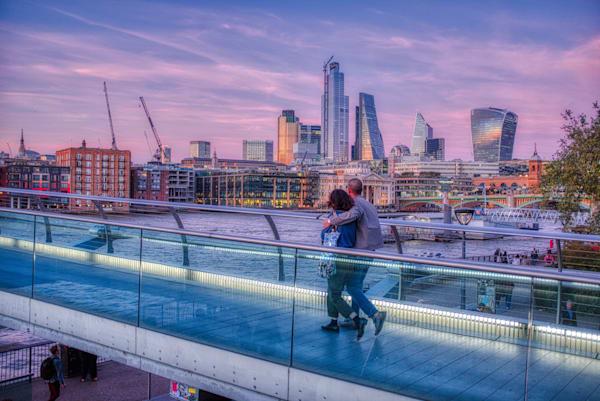Couple On The Millennium Bridge Photography Art | Martin Geddes Photography