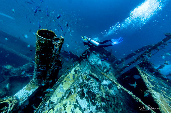 Wreckdiving Aruba Photography Art | vitopalmisano