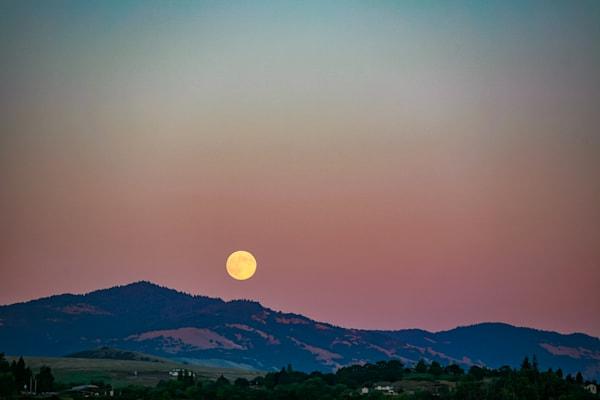 Moonrise, Ashland, Oregon