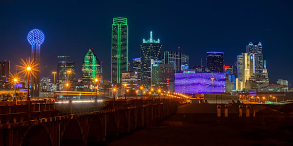 South Houston Street Bridge View of Dallas Skyline - Dallas Skyline Pictures