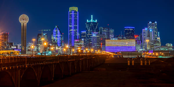 Dallas Lights Up to Celebrate Kobe Bryant - Dallas Skyline Photo