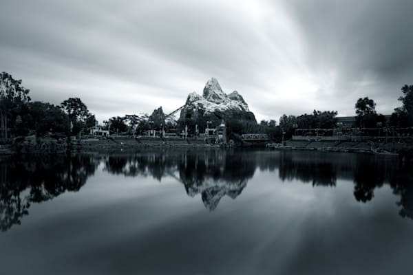 Expedition Everest Reflections Black and White 2 - Disney Art Collection