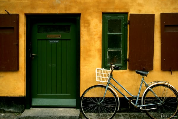 Yellow house with bike