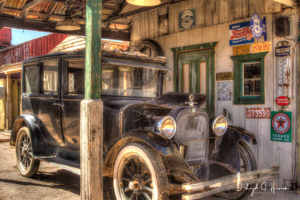 """Fill 'Er Up, Please"", PhotoDiscoveries"