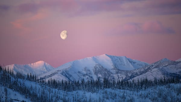 Ymir Moonset Photography Art | Kokanee Camera and Nelson Fine Art Printing
