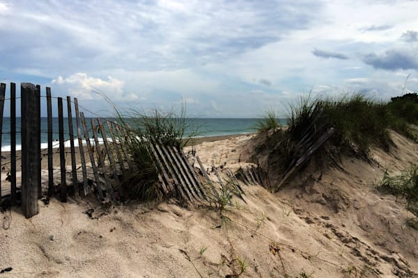 MPhillip-Broken-Beach-Fence