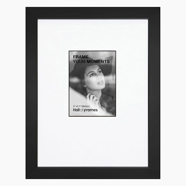 5x7 Black & White Single Collage Frame | Hall of Frames