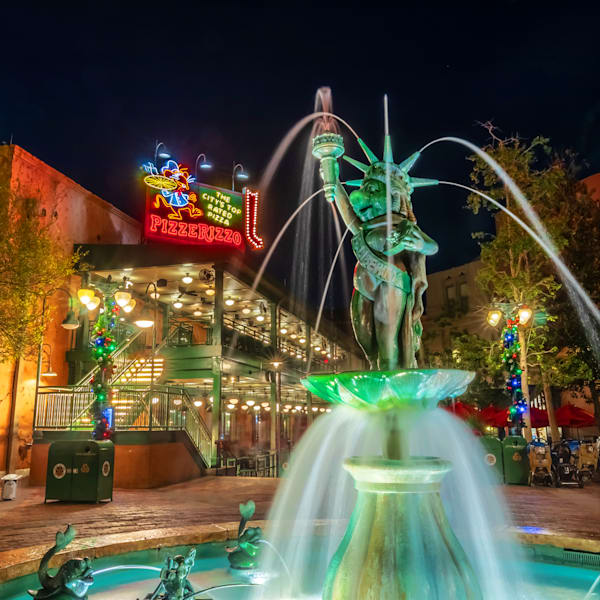 Miss Piggy Fountain at Hollywood Studios - Hollywood Studios Images
