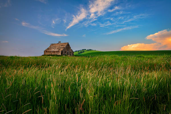 The Barn at Ladow Butte | Shop Photography by Rick Berk