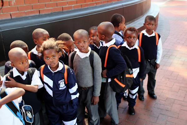 Kids At Aquarium Art | DocSaundersPhotography