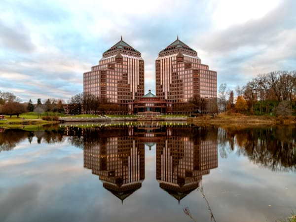 Carlson Towers in Minnetonka - Minneapolis Pictures | William Drew Photography