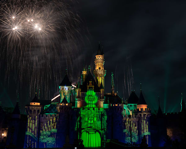 Mickey's Mix Magic with Fireworks Haunted - Disneyland Photos