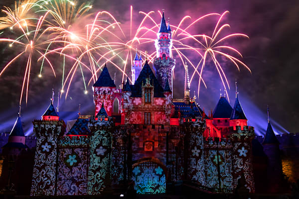 Mickey S Mix Magic With Fireworks Un Poco Loco Photography Art | William Drew Photography