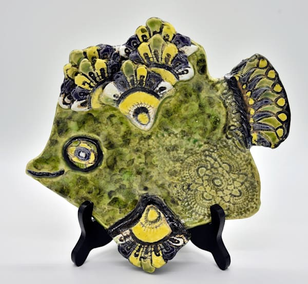 B Hirsh   Green, Yellow And Black Fish   Sold | Branson West Art Gallery - Mary Phillip