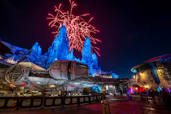 Batuu Fireworks Photography Art | William Drew Photography