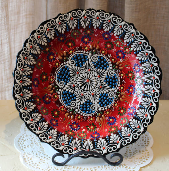 "12"" Hand-Painted Turkish Plate Red & Black"
