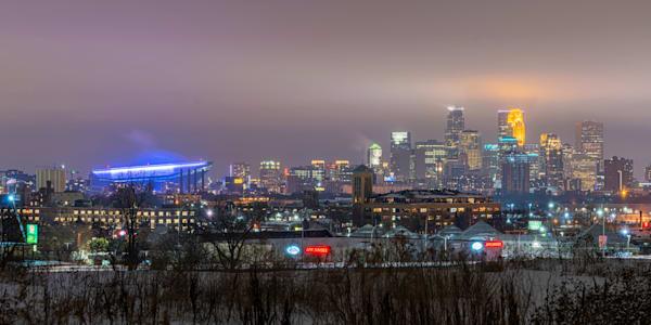Ridgeway Parkway Park View of Minneapolis - Minneapolis Skyline Print