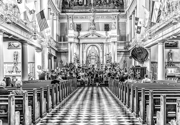 Photograph of a choir practice in St Louis Cathedral