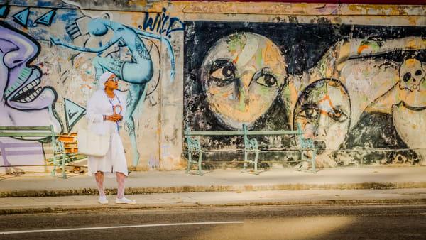 A Women In Havana Photography Art   Robert Leaper Photography