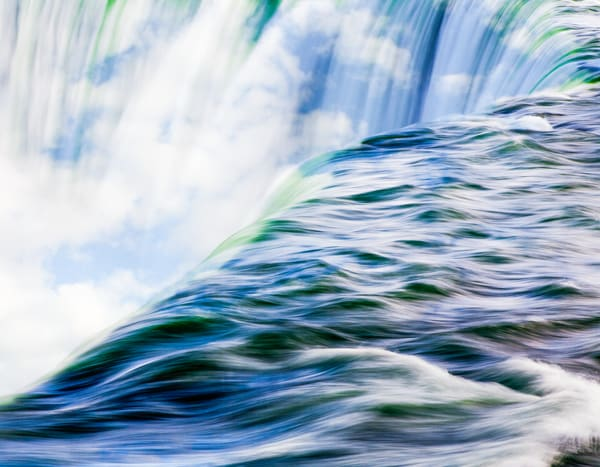 Niagara Falls With Clouds Photography Art | Robert Leaper Photography