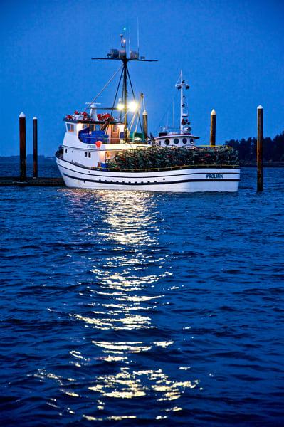 Blue Water Fishing Boat Art | Shaun McGrath Photography