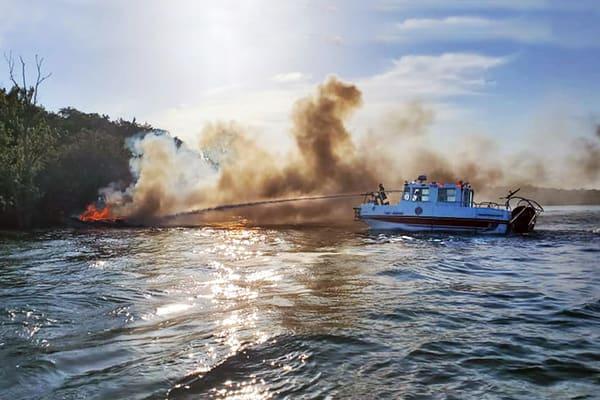 PBuzenius-Fireboat-Rescue