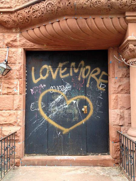 graffitti, door