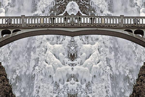 Mirror 027-Falling Into Wonder