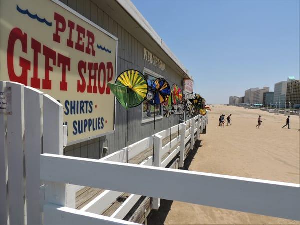 Gift Shop On Va Beach Pier Art   DocSaundersPhotography
