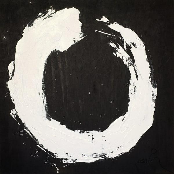 White Circle  Art | Asaph Maurer