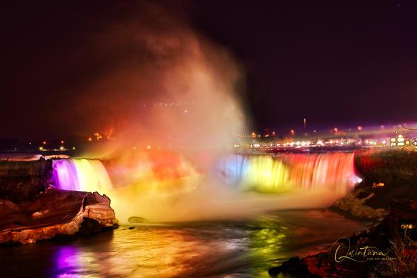 Niagara (Horseshoe) Falls II - A Fine Art Photograph by Marcos R. Quintana