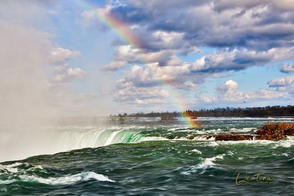 Niagara (Horseshoe) Falls I - A Fine Art Photograph by Marcos R. Quintana
