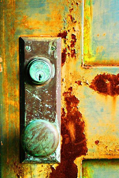 Abandoned Door Letchworth Art | ARTHOUSEarts