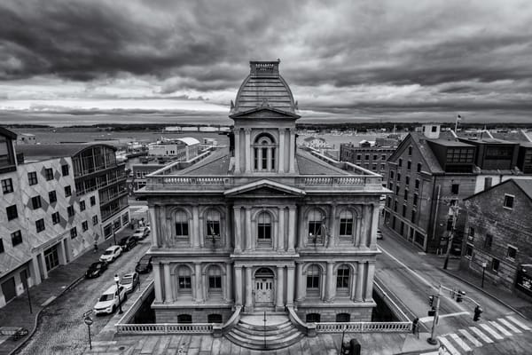 Portland Custom House In Black And White Photography Art | Jesse MacDonald Photography