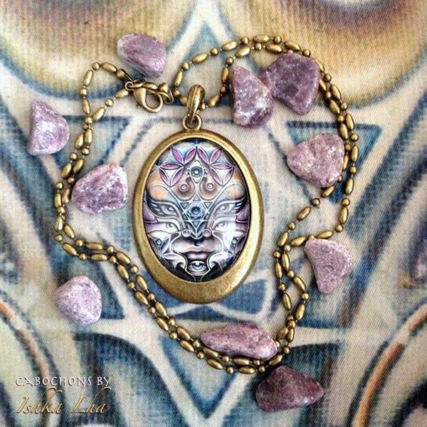Radiant Avatar   French Oval Necklace | Ishka Lha
