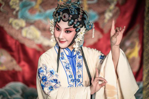 Wuhan Opera Actress