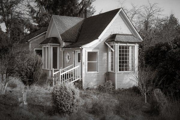Abandoned House, 1st Street, South Bend, Washington, 2018