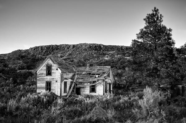 Abandoned House in the Landscape, Alstown, Washington, 2013