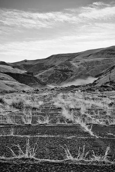 Abandoned US-97, Yakima County, Washington, 2011