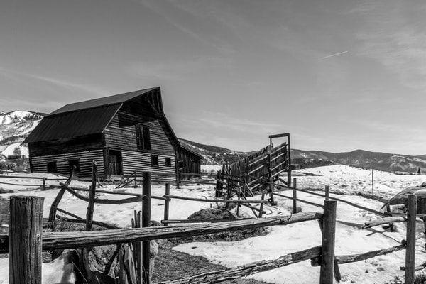Steamboat Barn (Limited Edition) Photography Art | Creighton Images