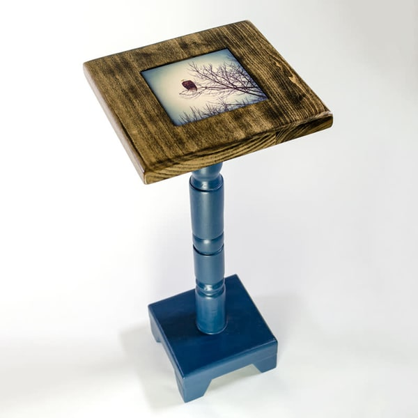 27-inch Cocktail Table with Lonestar Blue base