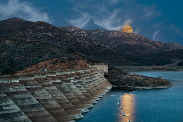 Moon Rise over Sutherland Dam