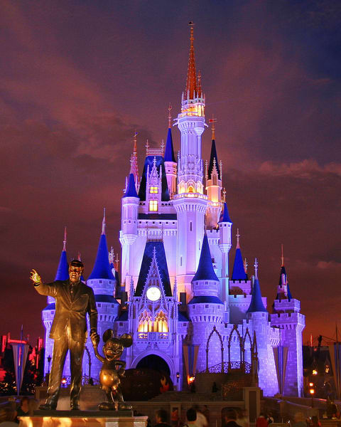 Castle And Partners Statue Photography Art | William Drew Photography