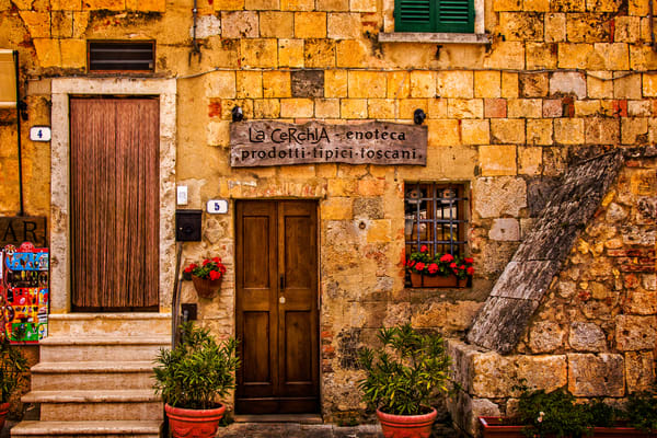 A typical house in Tuscany, Italy