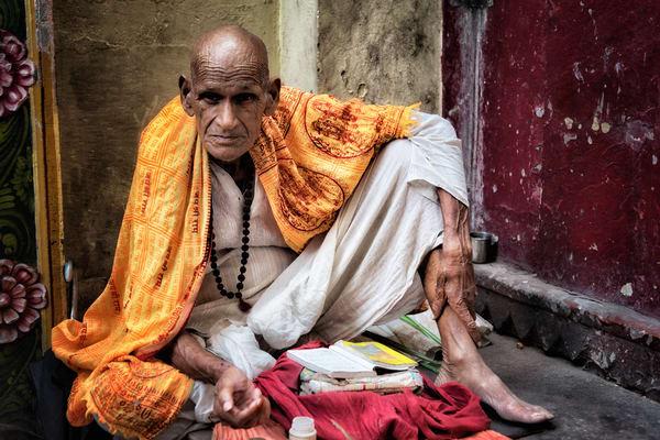 Veranasi Beggar Photography Art | nancyney