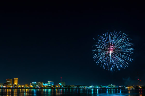 Baton Rouge Blossum - Louisiana fireworks fine-art photography prints