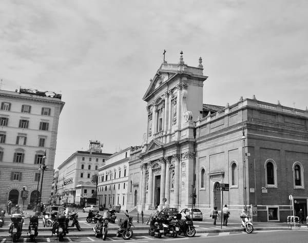 City Roma B&W Art   Renee Bitinas Fine Art