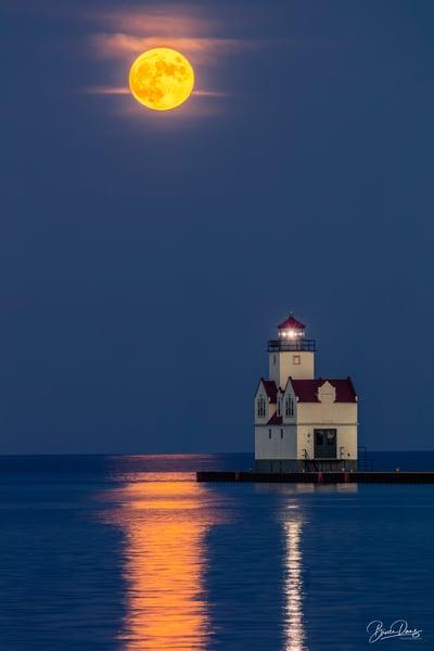 Full moon over Kewaunee Pierhead Lighthouse