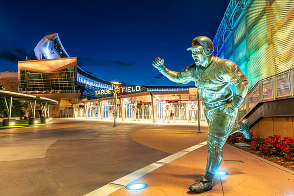 Kirby Puckett Statue At Target Field Photography Art | William Drew Photography